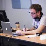 WordPress初心者のテーマ選びと初期設定、おすすめプラグインについて
